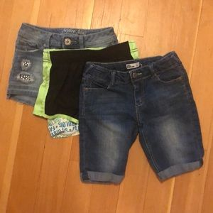Lot of 3 Shorts - Girls